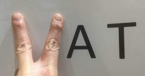 two-fingers-to-vat